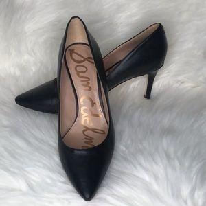 Sam Edelman Black Pointed Toe Pump Size 6.5